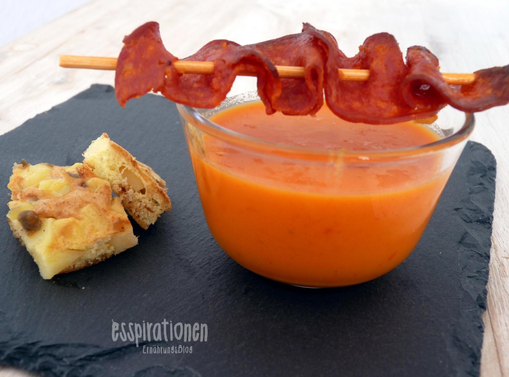 esspirationen-rezepte-Paprikacremesuppe-mit-tortilla-und-chorizo-spieße001