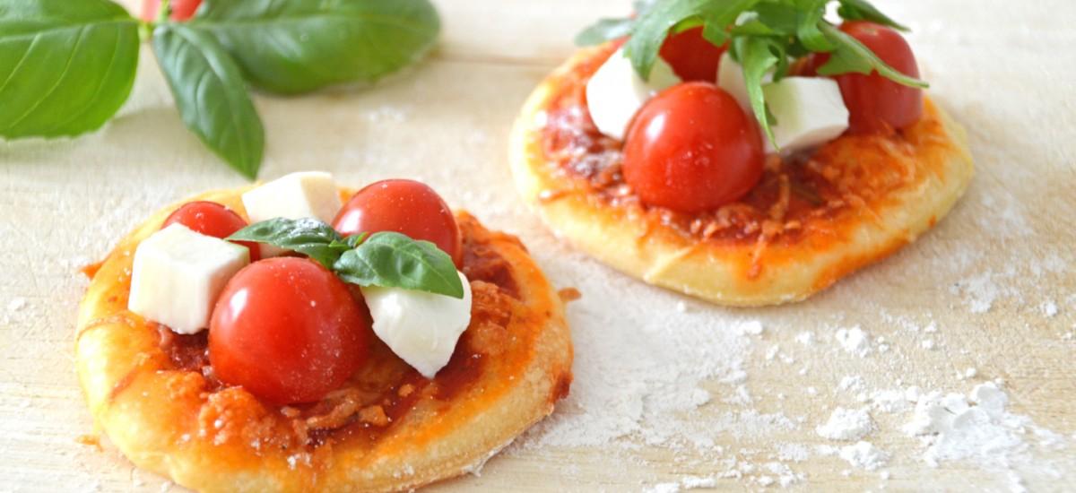 Pizza Caprese wie aus dem Holzofen