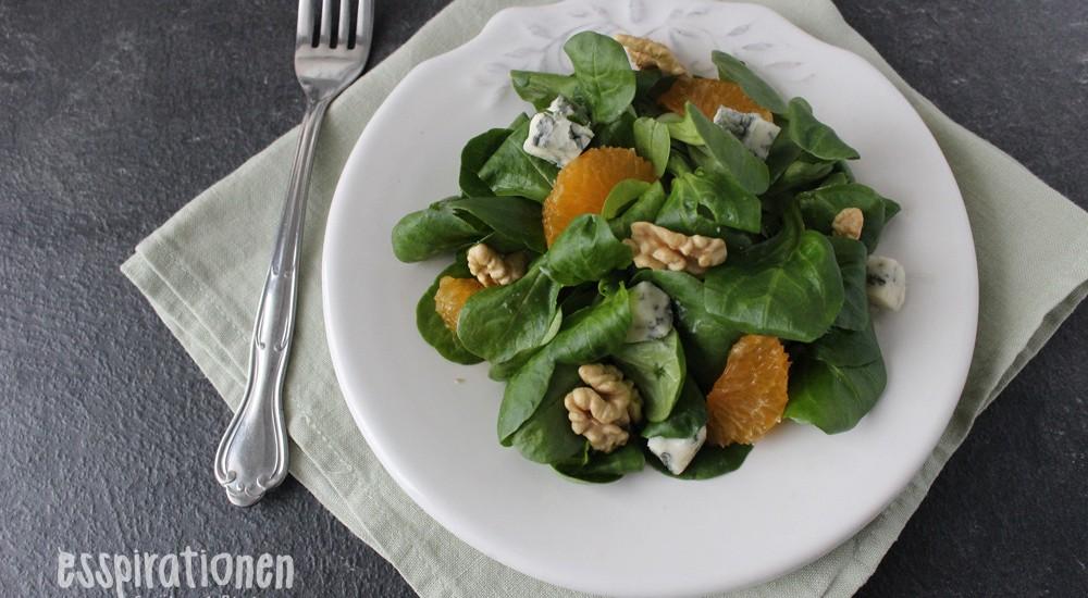 Feldsalat mit Roquefort und Mandarinen