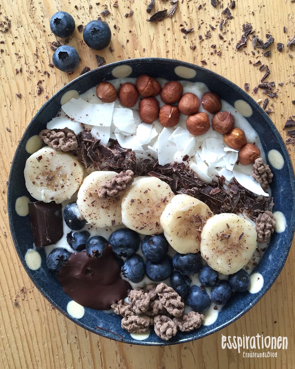 esspirationen-rezepte-Banana-Cocos-Breakfastbowl001