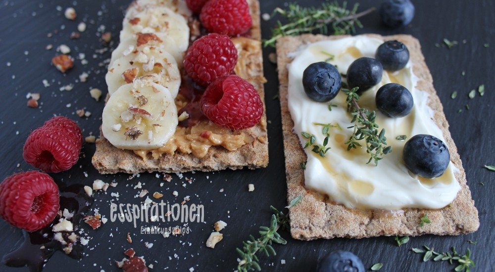 Breakfast-Fruit-Cracker