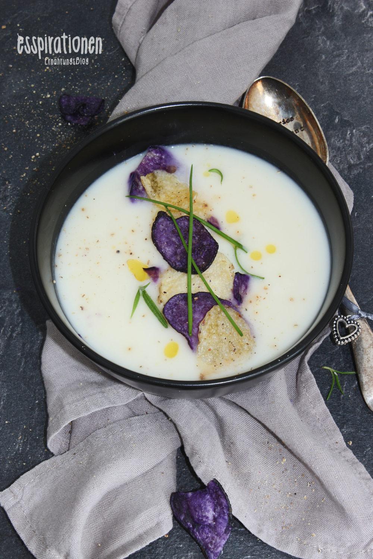esspirationen-rezepte-kartoffelcremesuppe-mit knusperchips-und-kaffeeöl001